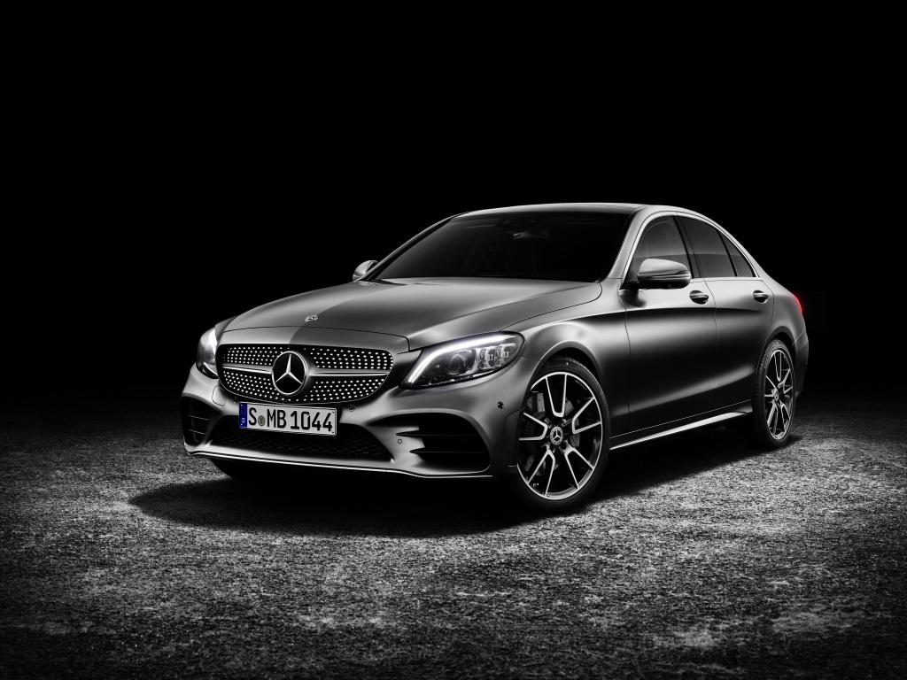 Die neue Mercedes-Benz C-Klasse Limousine und das neue T-Modell ...