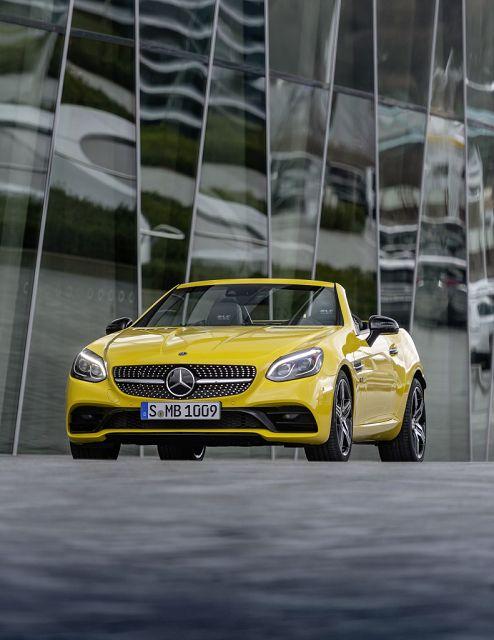 Foto Mercedes-Benz SLC 300 Final Edition