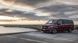 Mercedes-Benz V-Klasse am Meer