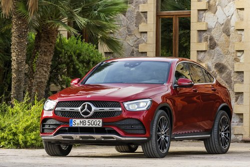 Mercedes-Benz GLC in rot